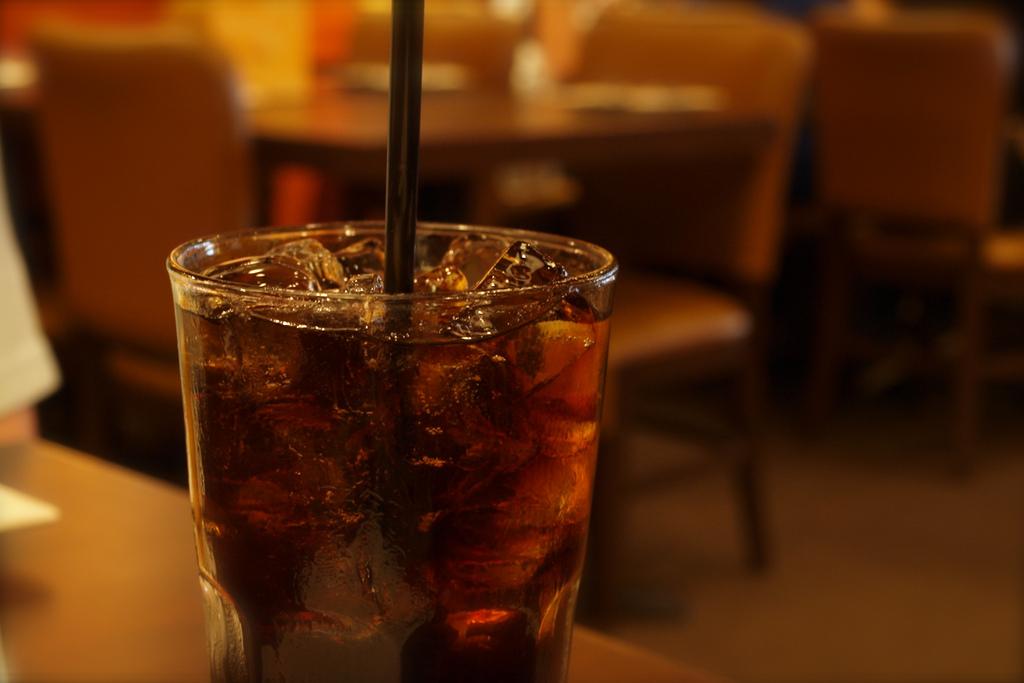 Prečo sa radšej vyhnúť sladeným nápojom?