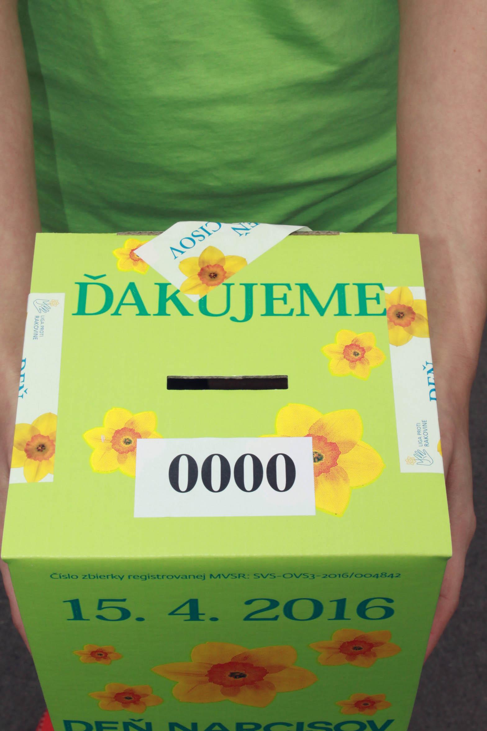 Tisíce dobrovoľníkov v zelených tričkách pripravených pomáhať! Deň narcisov aj v TVOJOM meste!