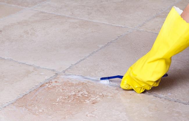 Zopár skvelých trikov, ako si vyčistiť svoj domov