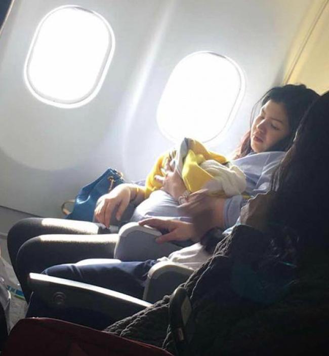 Žena zažila pôrod v oblakoch, jej dcérka sa narodila v lietadle!