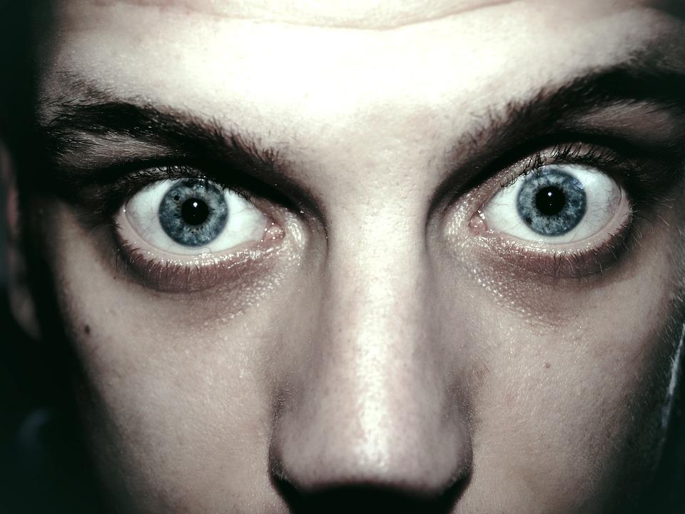 Akej farby sú jeho oči a čo to pre teba znamená?!