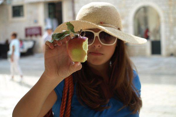 Jete voskované alebo nevoskované jablká? Tento trik vám pomôže zistiť, aké jablká v skutočnosti kupujete!