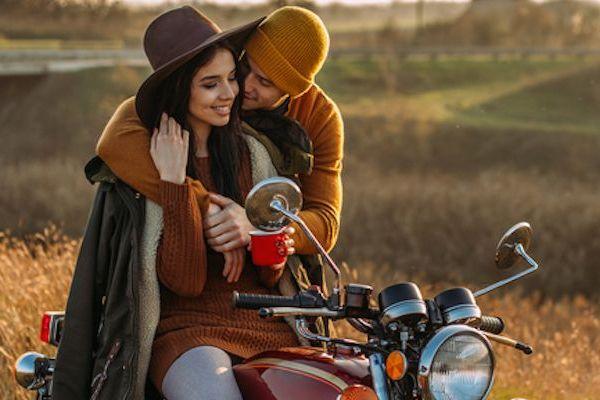 Vedci zistili, že pocity, ktoré prežívame pri zamilovaní, sa dajú porovnať so závislosťou na drogách. Čítajte, ako je to možné!