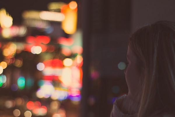 Ženy, ktoré si neuvedomujú svoju hodnotu, ostávajú často v nefunkčných vzťahoch. Vieš, prečo to tak je?
