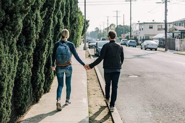 Plánujete so svojím partnerom spoločné bývanie? Na toto sa pripravte!
