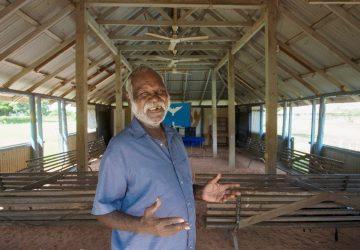 Odmietajú jeden spoločný. Prečo sa v austrálskej osade Warruwi rozpráva deviatimi jazykmi?