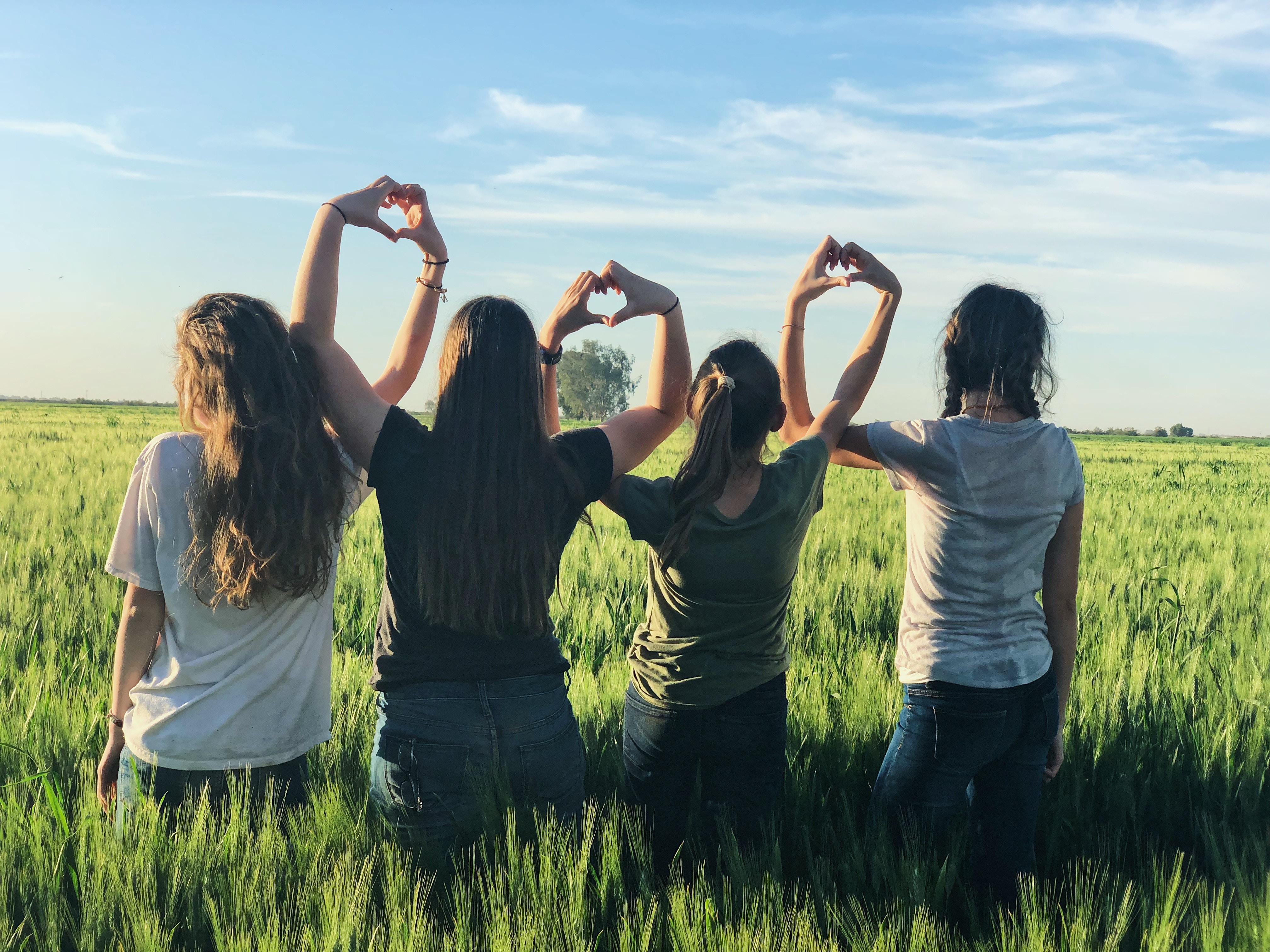 Zvážte, ktorí priatelia sú skutoční a ktorí oberajú len o energiu.