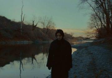 Dunaj Jany Kirschner vyvoláva zimomriavky po celom tele. Je titulnou piesňou kfilmu Ostrým nožom