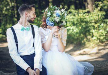 Vegánska dvojica zakázala vstup na svadbu priateľom a rodinným členom, ktorí jedia mäso. Tvrdí, že sú to vrahovia