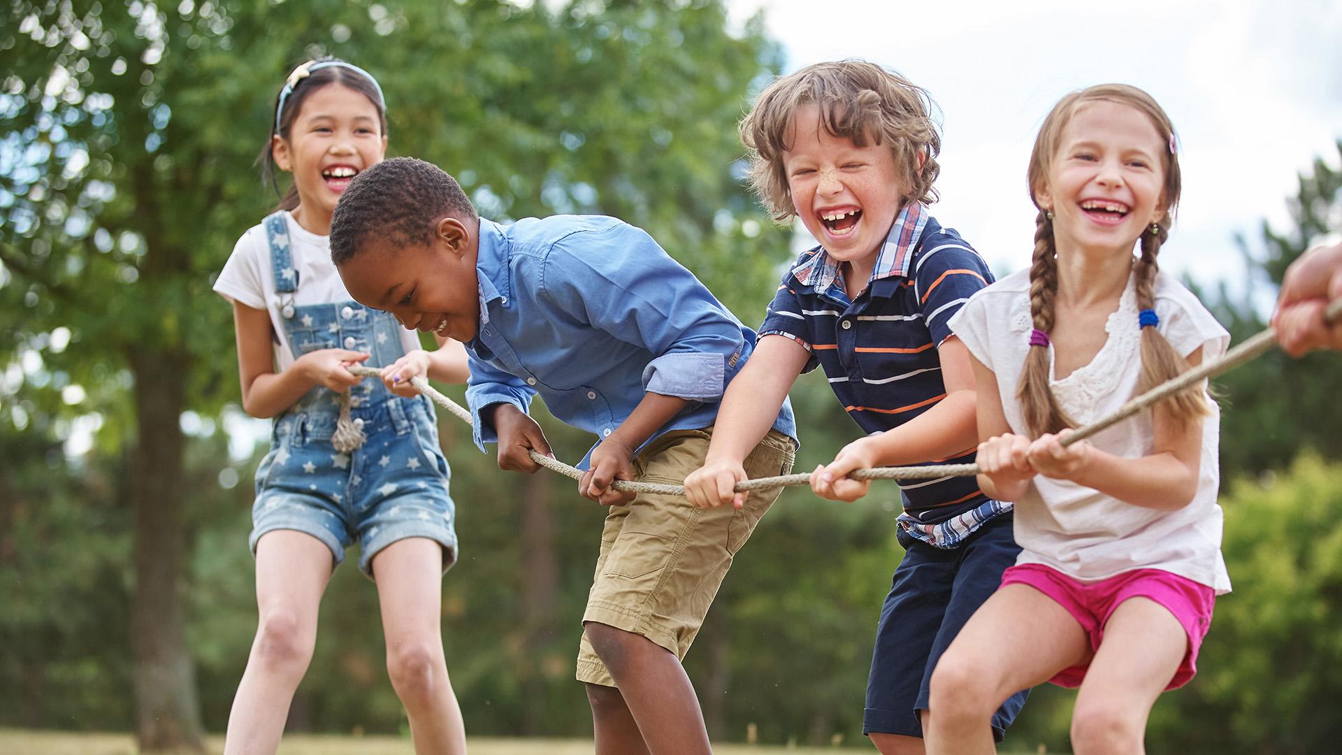 Deti by mali menej sedieť a viac sa hrať, upozorňuje Svetová zdravotnícka organizácia